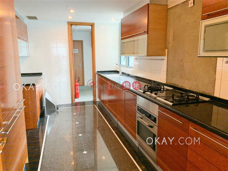 HK$ 122,000/ month, Branksome Crest, Central District, Beautiful 3 bed on high floor with balcony & parking | Rental