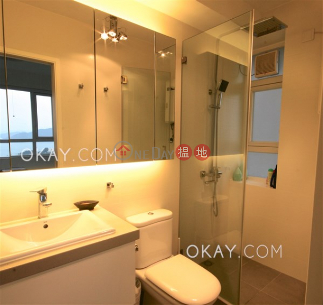HK$ 11.5M | Discovery Bay, Phase 3 Parkvale Village, Woodland Court | Lantau Island | Nicely kept 3 bedroom with balcony | For Sale