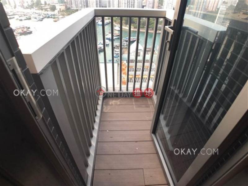 HK$ 15.5M, H Bonaire | Southern District | Tasteful 2 bedroom with balcony | For Sale