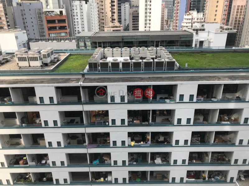 Flat for Sale in Centre Point, Soho, 27 Staunton Street | Central District | Hong Kong | Sales | HK$ 155,000