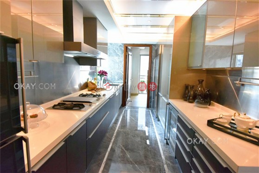 Exquisite 4 bed on high floor with balcony & parking   Rental   Chantilly 肇輝臺6號 Rental Listings