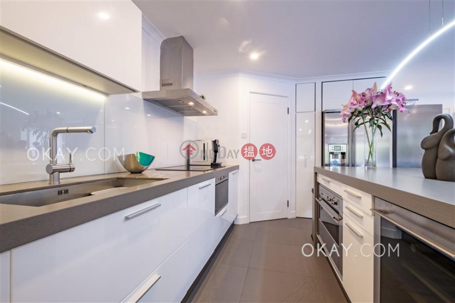 Lovely house with rooftop, terrace & balcony | For Sale | Seacrest Villas Seacrest Villas Sales Listings
