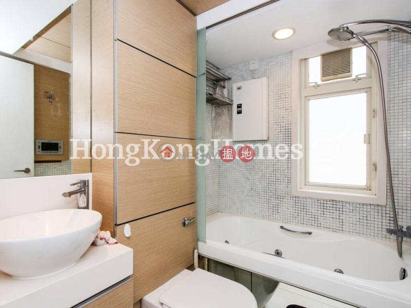 HK$ 18M | Centrestage Central District | 3 Bedroom Family Unit at Centrestage | For Sale