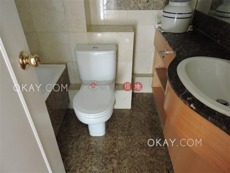 香港搵樓|租樓|二手盤|買樓| 搵地 | 住宅|出租樓盤3房2廁,極高層,可養寵物,連車位《顯輝豪庭出租單位》