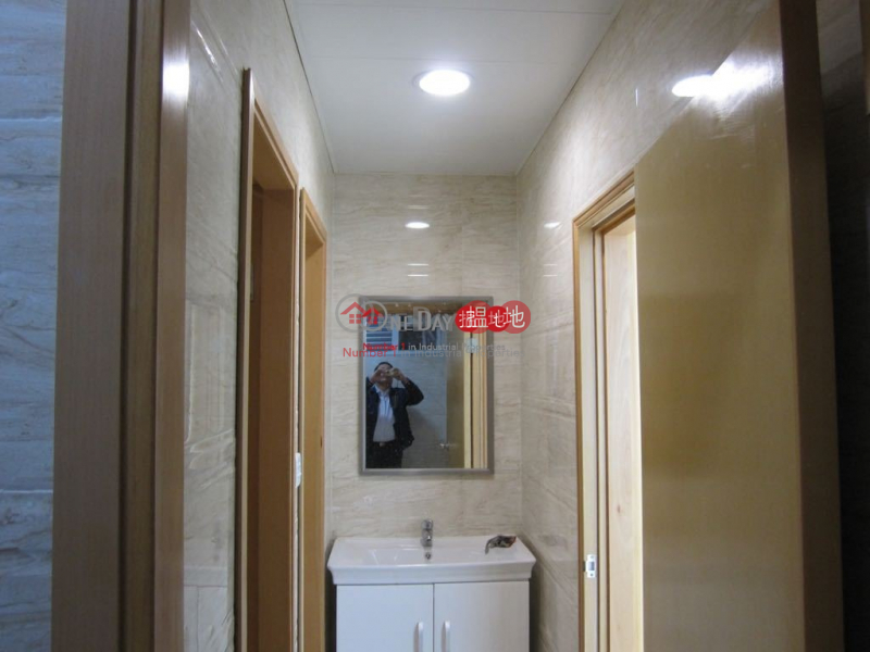 Kwong Sang Hong Centre, Middle, Industrial, Rental Listings, HK$ 41,477/ month