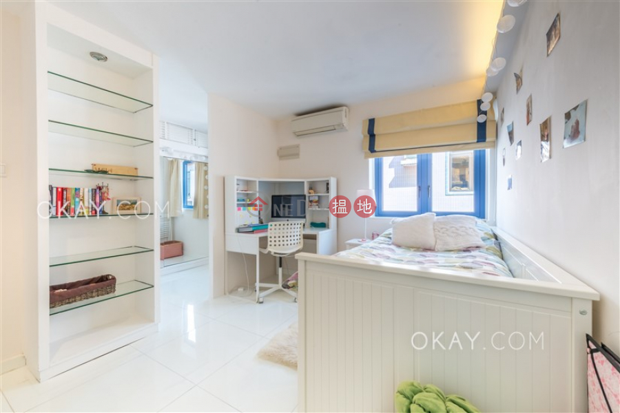 HK$ 23.9M   Ta Ho Tun Village, Sai Kung, Tasteful house with rooftop, terrace & balcony   For Sale
