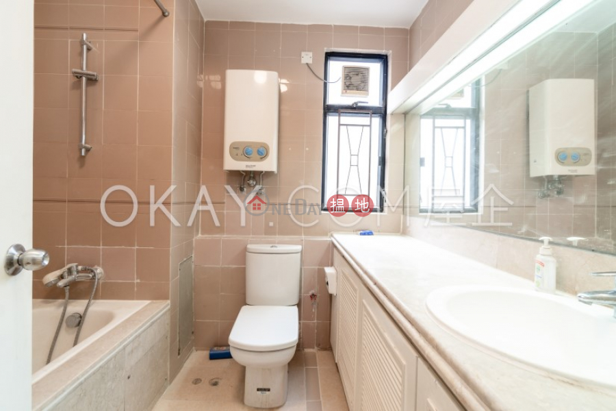 Elegant 3 bedroom on high floor with balcony & parking   Rental   Beverly Hill 比華利山 Rental Listings