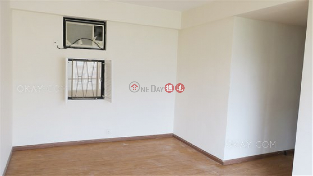 香港搵樓|租樓|二手盤|買樓| 搵地 | 住宅|出租樓盤3房2廁,極高層,連車位《龍華花園出租單位》
