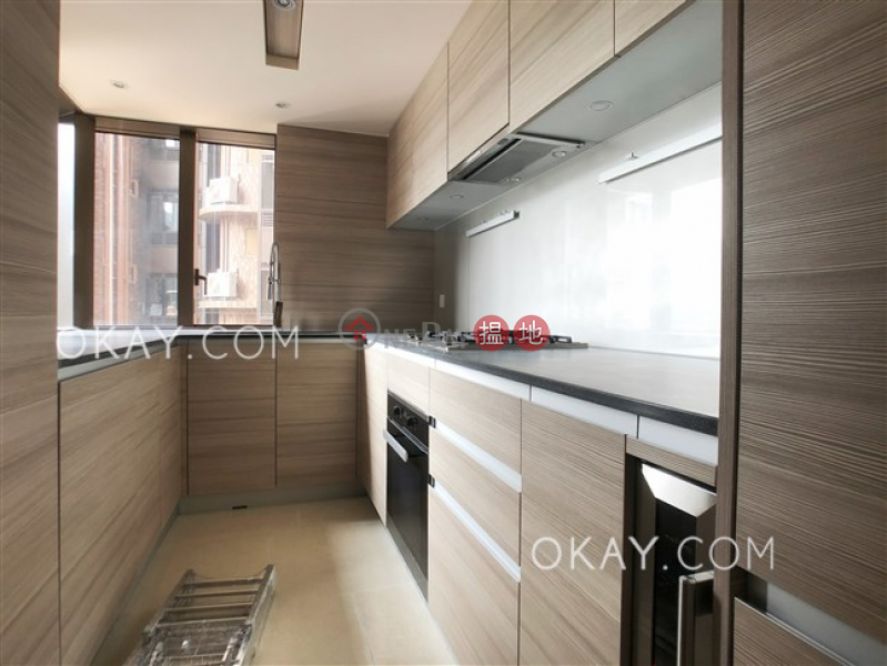 HK$ 18.5M | Block 3 New Jade Garden | Chai Wan District Stylish 3 bedroom with balcony | For Sale