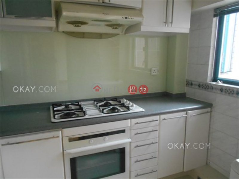 Property Search Hong Kong | OneDay | Residential Rental Listings Luxurious 2 bedroom on high floor with rooftop | Rental