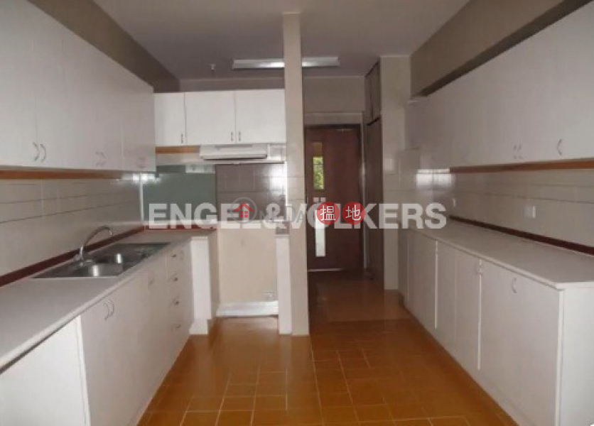 HK$ 100,000/ month | Pine Court Block A-F, Central District | 3 Bedroom Family Flat for Rent in Central Mid Levels