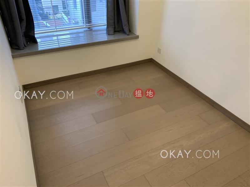 HK$ 26,000/ month Centre Point | Central District | Tasteful 1 bedroom in Sheung Wan | Rental