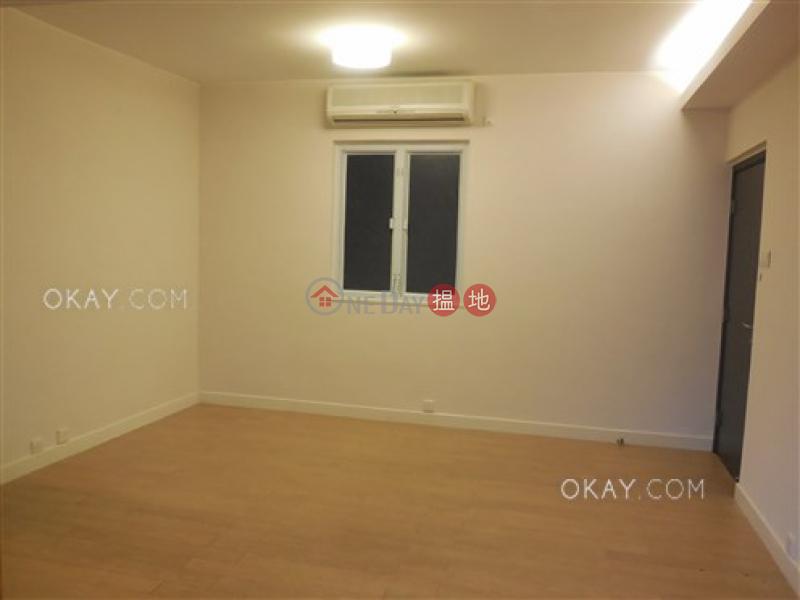 HK$ 30,000/ 月山光苑 灣仔區-2房1廁,實用率高,連車位《山光苑出租單位》