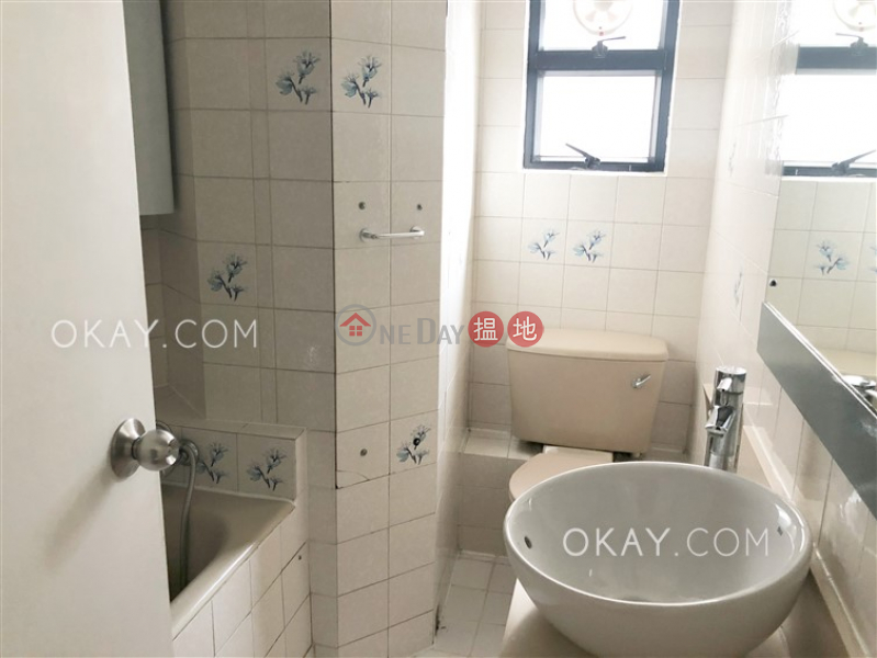 Gorgeous 4 bedroom with balcony | Rental, Albron Court 豐樂閣 Rental Listings | Central District (OKAY-R42952)