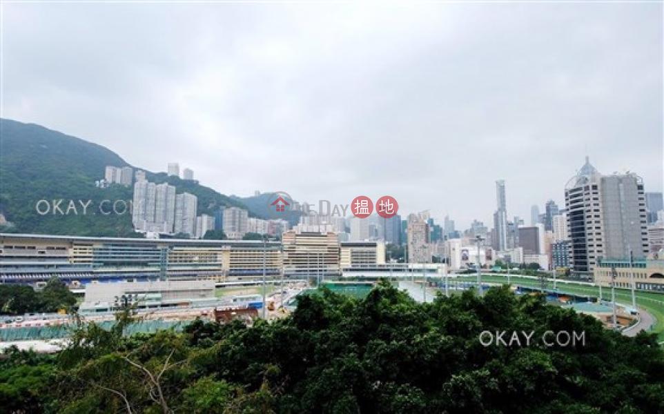 HK$ 1,980萬|銀禧大廈灣仔區|2房2廁,獨家盤,極高層,露台《銀禧大廈出售單位》