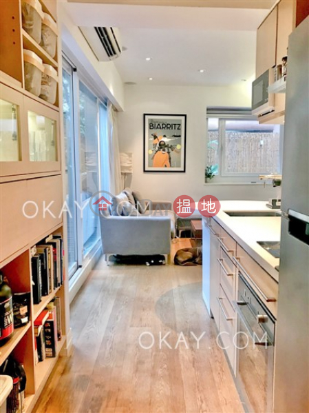 HK$ 32,000/ month Kam Kwong Mansion, Wan Chai District, Charming 1 bedroom with terrace | Rental