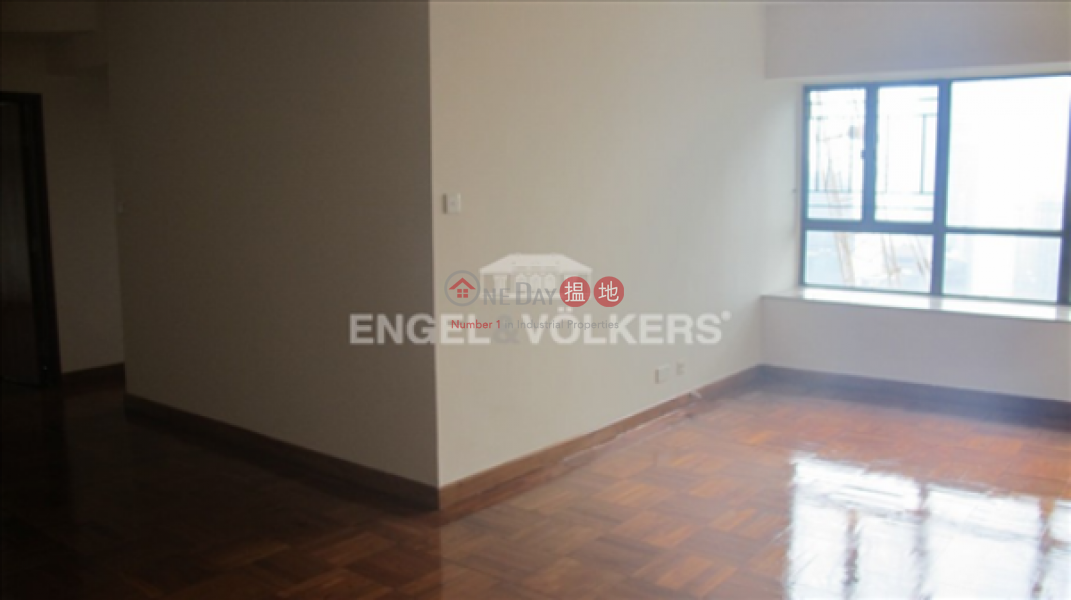 3 Bedroom Family Flat for Sale in Central Mid Levels | Seymour Place 信怡閣 Sales Listings