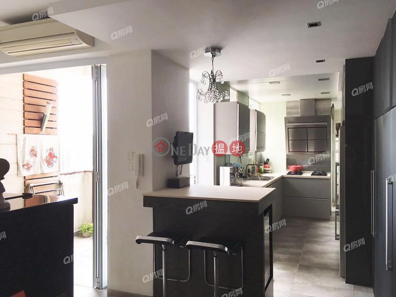 Property Search Hong Kong | OneDay | Residential, Sales Listings, 134-136 Green Lane Court | 3 bedroom High Floor Flat for Sale