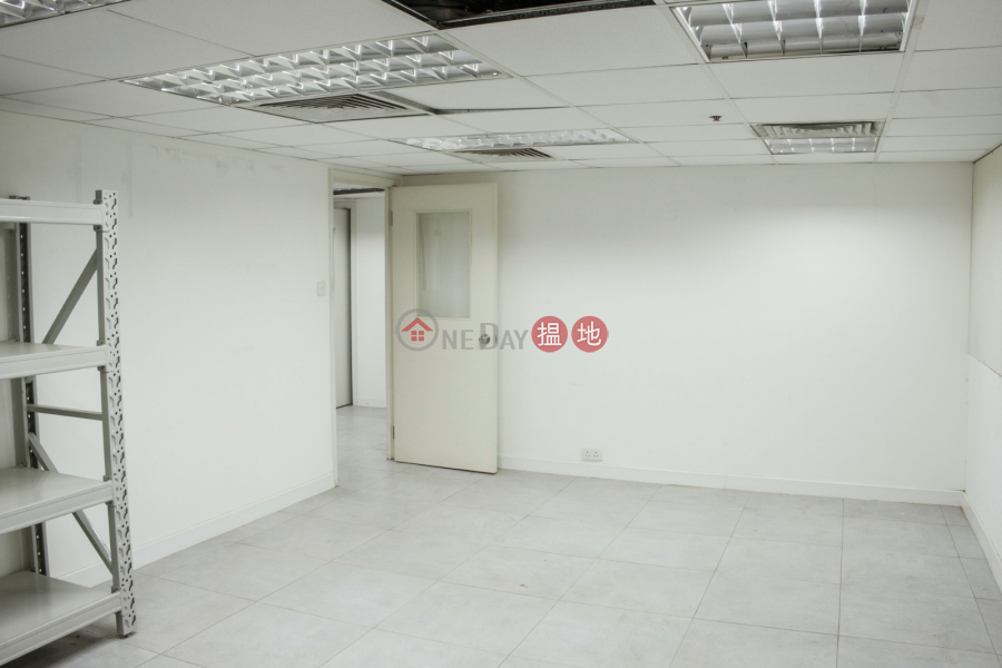 Kwai Chung- CHINABEST INTL CTR- Pretty Decoration, is I/O type can separate for rent 8 Kwai On Road | Kwai Tsing District Hong Kong | Rental | HK$ 26,700/ month