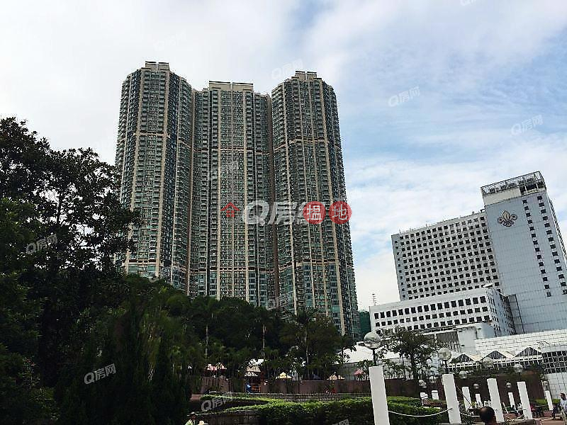 The Victoria Towers | 3 bedroom Low Floor Flat for Rent | The Victoria Towers 港景峰 Rental Listings