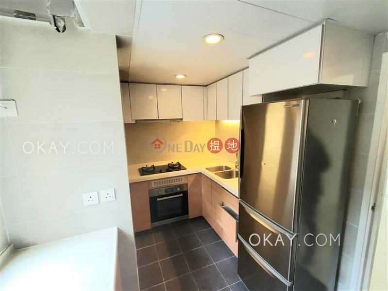 Rare 3 bedroom with sea views & balcony | For Sale | Discovery Bay, Phase 7 La Vista, 3 Vista Avenue 愉景灣 7期海寧居 海寧徑3號 Sales Listings