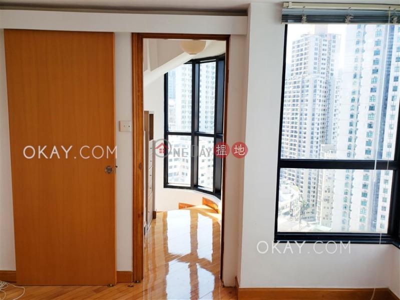 HK$ 28,000/ 月|蔚庭軒-西區-1房1廁,極高層,海景《蔚庭軒出租單位》
