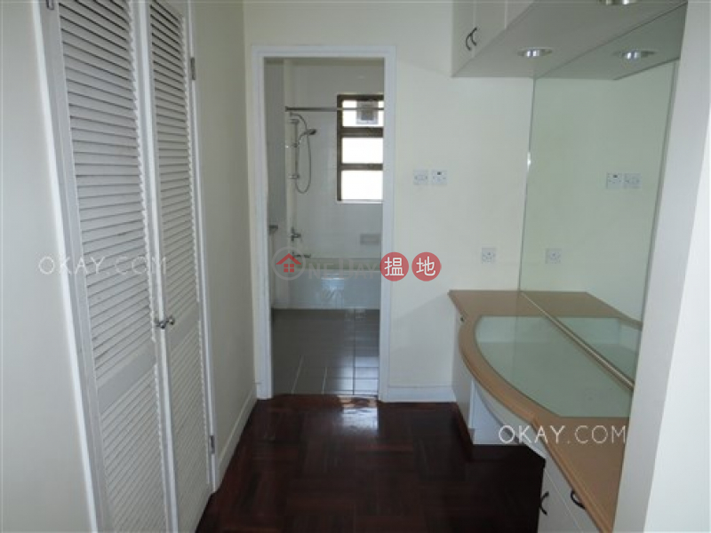 HK$ 92,000/ month | Repulse Bay Apartments | Southern District Efficient 3 bedroom with balcony & parking | Rental