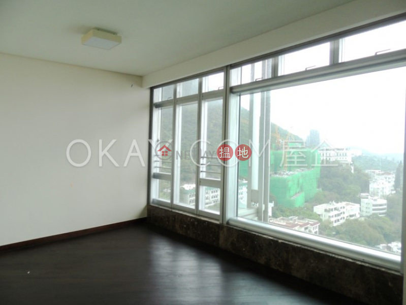 HK$ 145,000/ 月淺水灣道129號 4座南區-4房2廁,星級會所,連車位淺水灣道129號 4座出租單位