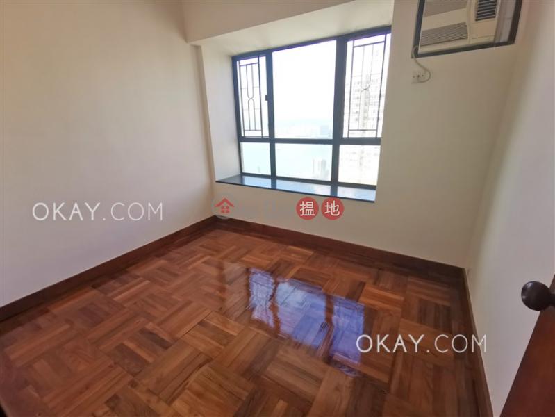 HK$ 2,500萬 駿豪閣 西區3房2廁,實用率高,極高層,可養寵物《駿豪閣出售單位》
