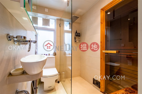 Elegant house with rooftop, terrace & balcony | For Sale|Ham Tin San Tsuen(Ham Tin San Tsuen)Sales Listings (OKAY-S382591)_0
