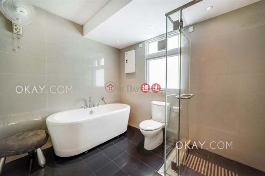 HK$ 120,000/ month | The Riviera, Sai Kung, Gorgeous house with sea views, rooftop | Rental