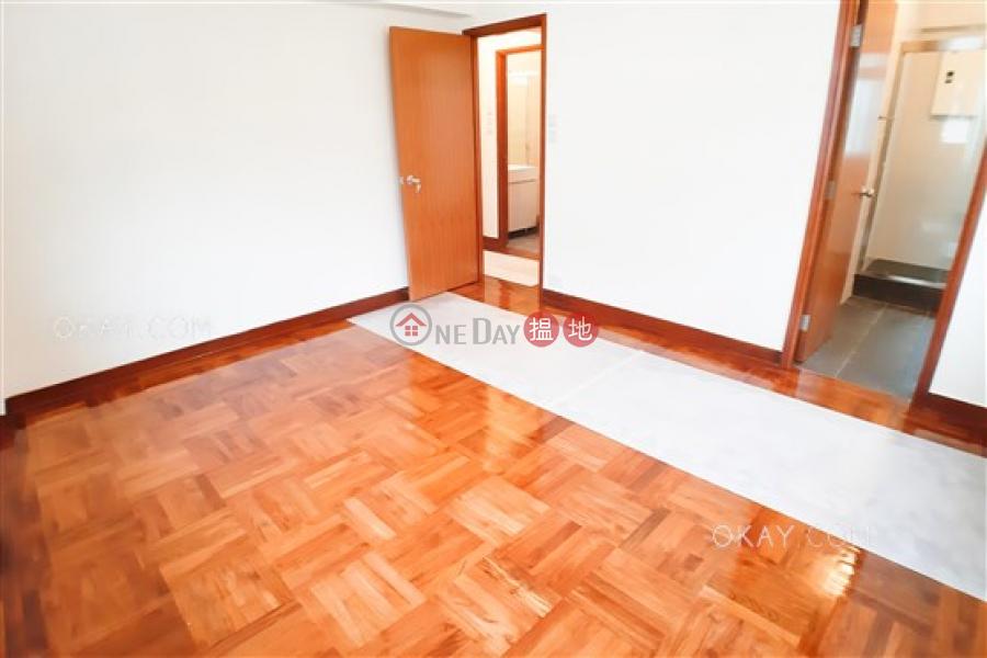 3房2廁,極高層,連車位《安碧苑出租單位》 安碧苑(Amber Garden)出租樓盤 (OKAY-R52061)