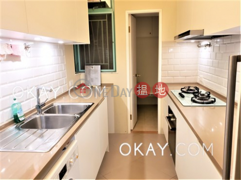 Unique 3 bedroom with balcony | For Sale|Lantau IslandDiscovery Bay, Phase 12 Siena Two, Block 18(Discovery Bay, Phase 12 Siena Two, Block 18)Sales Listings (OKAY-S223977)_0