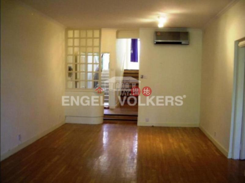 3 Bedroom Family Flat for Rent in Discovery Bay 27 Seahorse Lane | Lantau Island Hong Kong Rental HK$ 70,000/ month