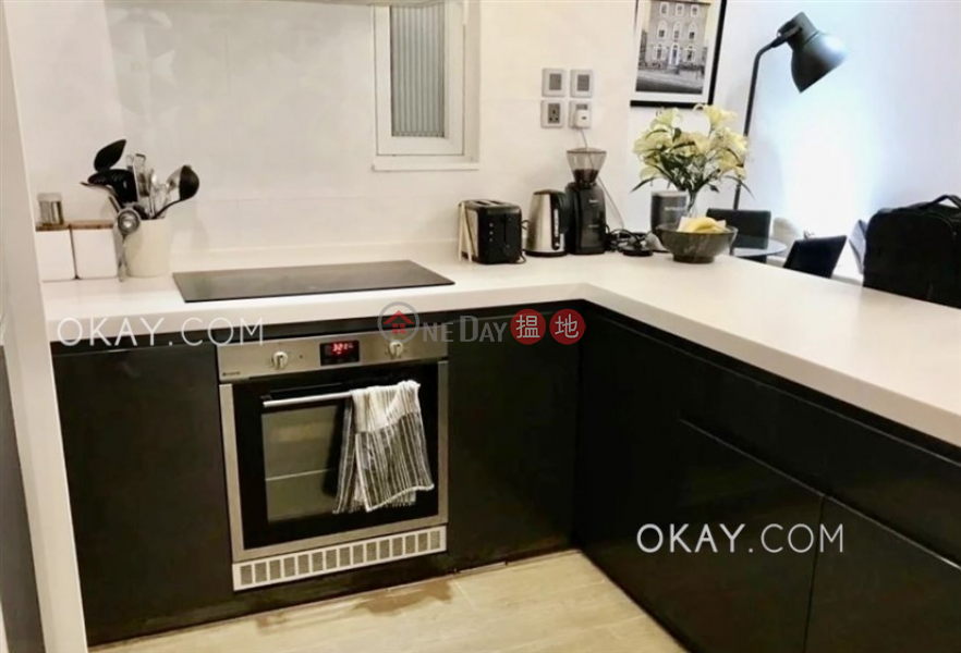 HK$ 32,000/ month, Sincere Western House | Western District, Popular 2 bedroom in Western District | Rental
