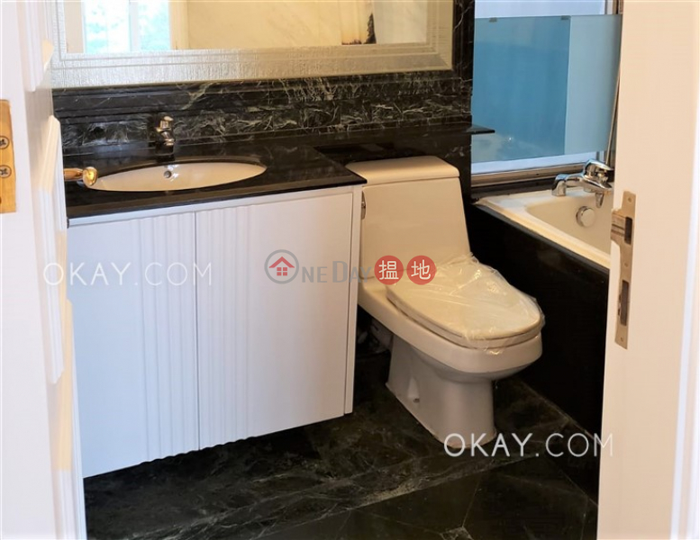 Luxurious 2 bedroom with balcony & parking | Rental | 1 Beacon Hill Road | Kowloon City Hong Kong, Rental HK$ 51,000/ month