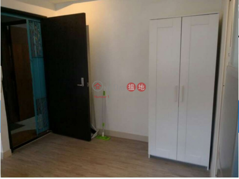 Flat for Sale in 13-15 Kat On Street, Wan Chai | 13-15 Kat On Street 吉安街13-15號 Sales Listings