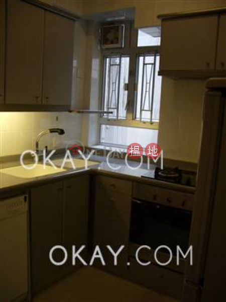 HK$ 25.8M | Shan Kwong Court, Wan Chai District Lovely 3 bedroom on high floor with rooftop & parking | For Sale