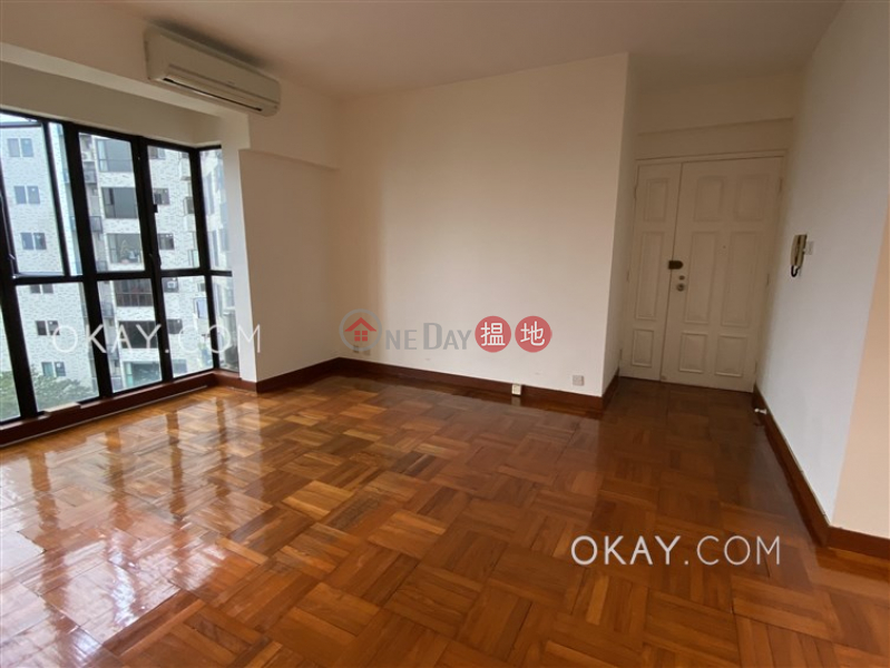 HK$ 54,000/ month, Wisdom Court Block B | Western District, Unique 3 bedroom with sea views & parking | Rental
