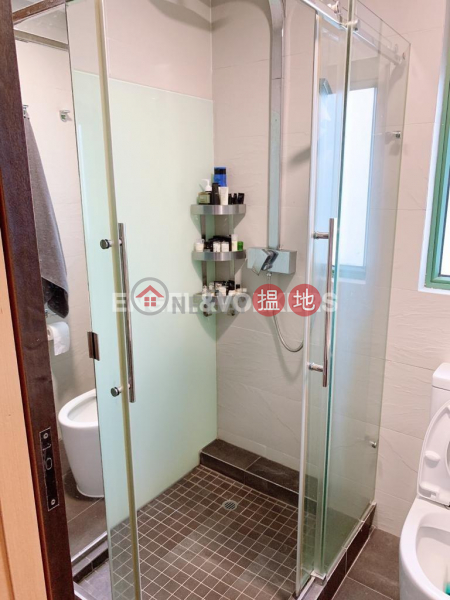 HK$ 35,000/ month No 1 Star Street, Wan Chai District 2 Bedroom Flat for Rent in Wan Chai