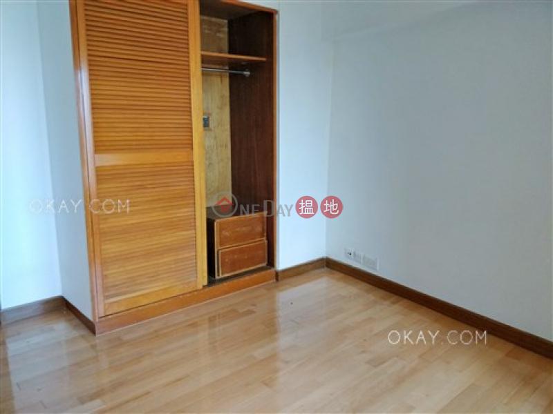 Unique 3 bedroom with harbour views & parking   Rental   Pacific Palisades 寶馬山花園 Rental Listings