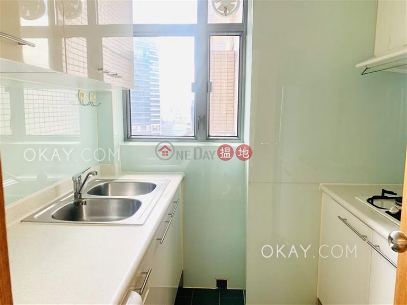 2房1廁,實用率高,極高層《荷李活華庭出售單位》-123荷李活道 | 中區-香港-出售HK$ 1,500萬