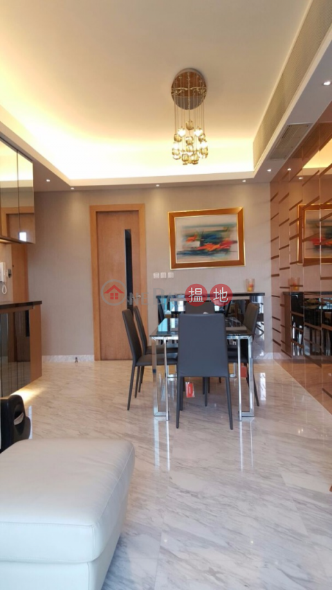 4 Bedroom Luxury Flat for Sale in Wan Chai|The Gloucester(The Gloucester)Sales Listings (EVHK20855)_0