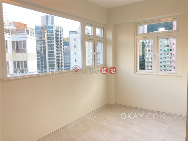 HK$ 12.6M, Village Tower Wan Chai District, Stylish 2 bedroom on high floor with parking | For Sale
