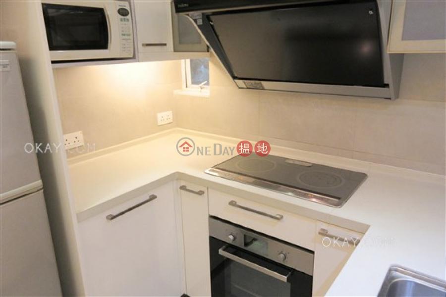Generous 2 bedroom in Wan Chai | Rental, Yee On Mansion 宜安大廈 Rental Listings | Wan Chai District (OKAY-R296346)