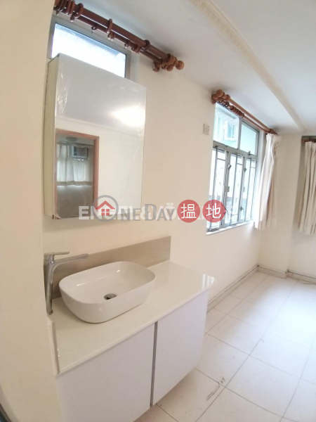 Property Search Hong Kong | OneDay | Residential, Rental Listings | 2 Bedroom Flat for Rent in Sheung Wan