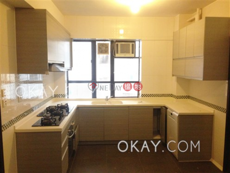 HK$ 95,000/ month Villa Elegance | Central District, Beautiful 4 bedroom with parking | Rental