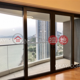 Rare 4 bedroom with harbour views, balcony | For Sale
