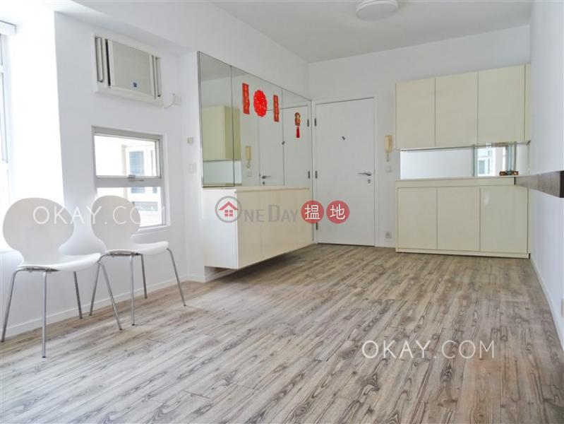 Cozy 2 bedroom in Wan Chai | Rental, Manrich Court 萬豪閣 Rental Listings | Wan Chai District (OKAY-R183556)