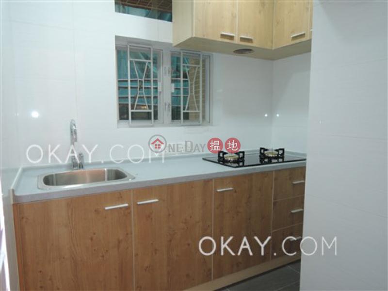 Practical 3 bedroom with balcony | Rental 13-19 Leighton Road | Wan Chai District Hong Kong, Rental HK$ 28,000/ month